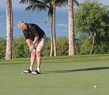 Greg Golfing